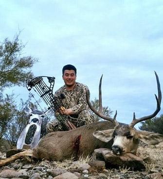 frank-wit-mule-deer